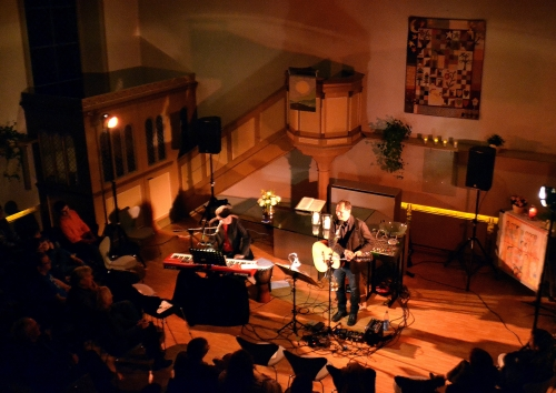 Pretty Lies Light live im M�rz 2015 in der evangelischen Kirche in Vendersheim